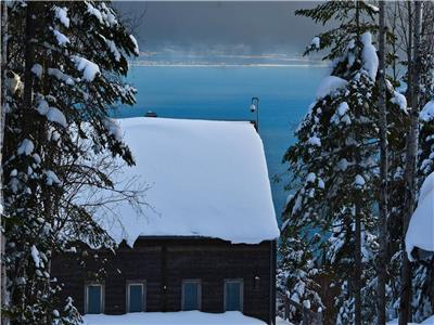 Le Refuge- Chalets Spa Canada