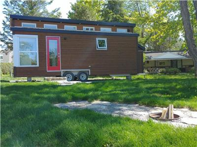 Tiny house on wheels - Glamping in Mirabel