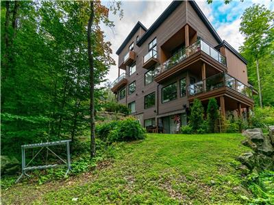 Condo ski in / ski out - versant du Lac - Bromont