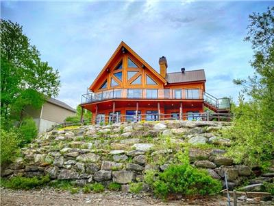 ALPINE - Superbe chalet Scandinave au bord du lac William