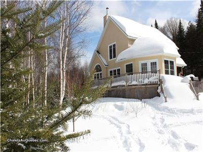 CÔME LAKE COTTAGE | WATERFRONT | WOOD FIREPLACE | SWIMMING | FISHING | TRAILS