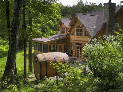 Cozy Cottage Bear Fiddler Lake, Luxurious log cottage, Fiddler Treasure in the Laurentians